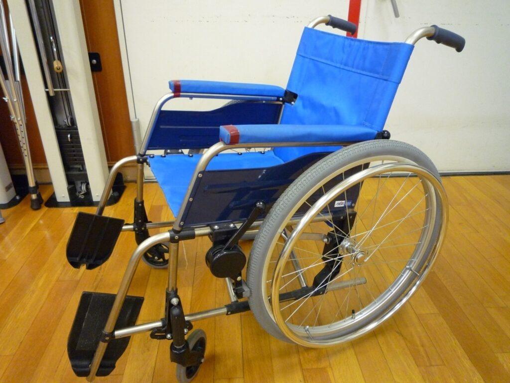 普通型車椅子