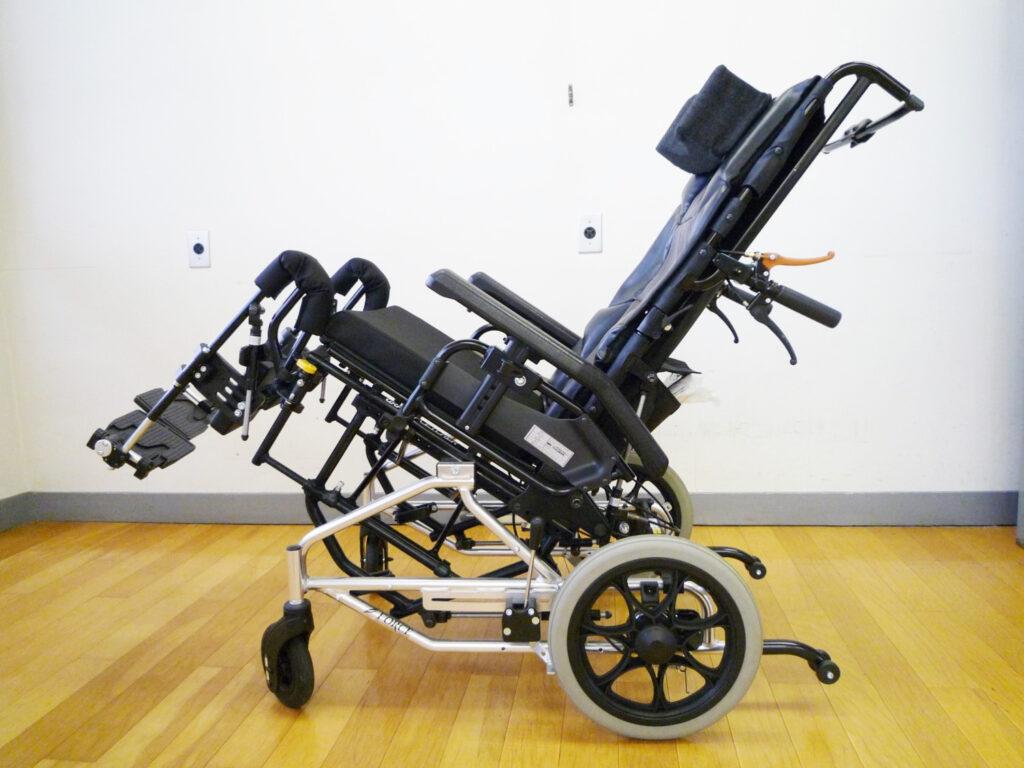 ティルト式車椅子