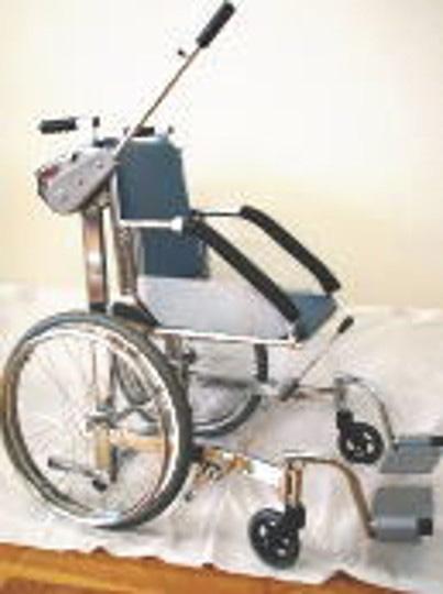 手動リフト式車椅子