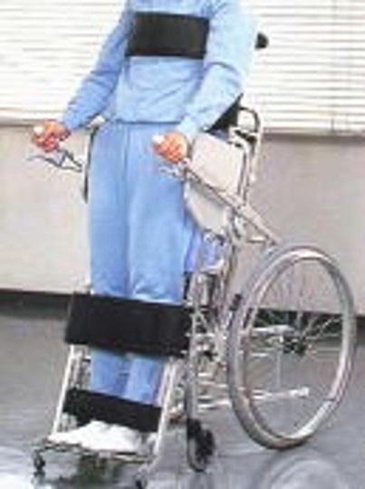 手動スタンディング車椅子